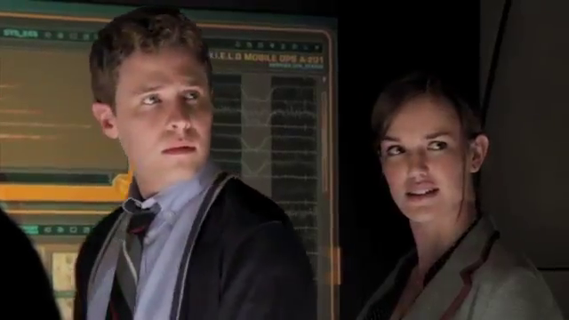 Nouvelle vidéo, présentation des Agents Fitz & Simmons