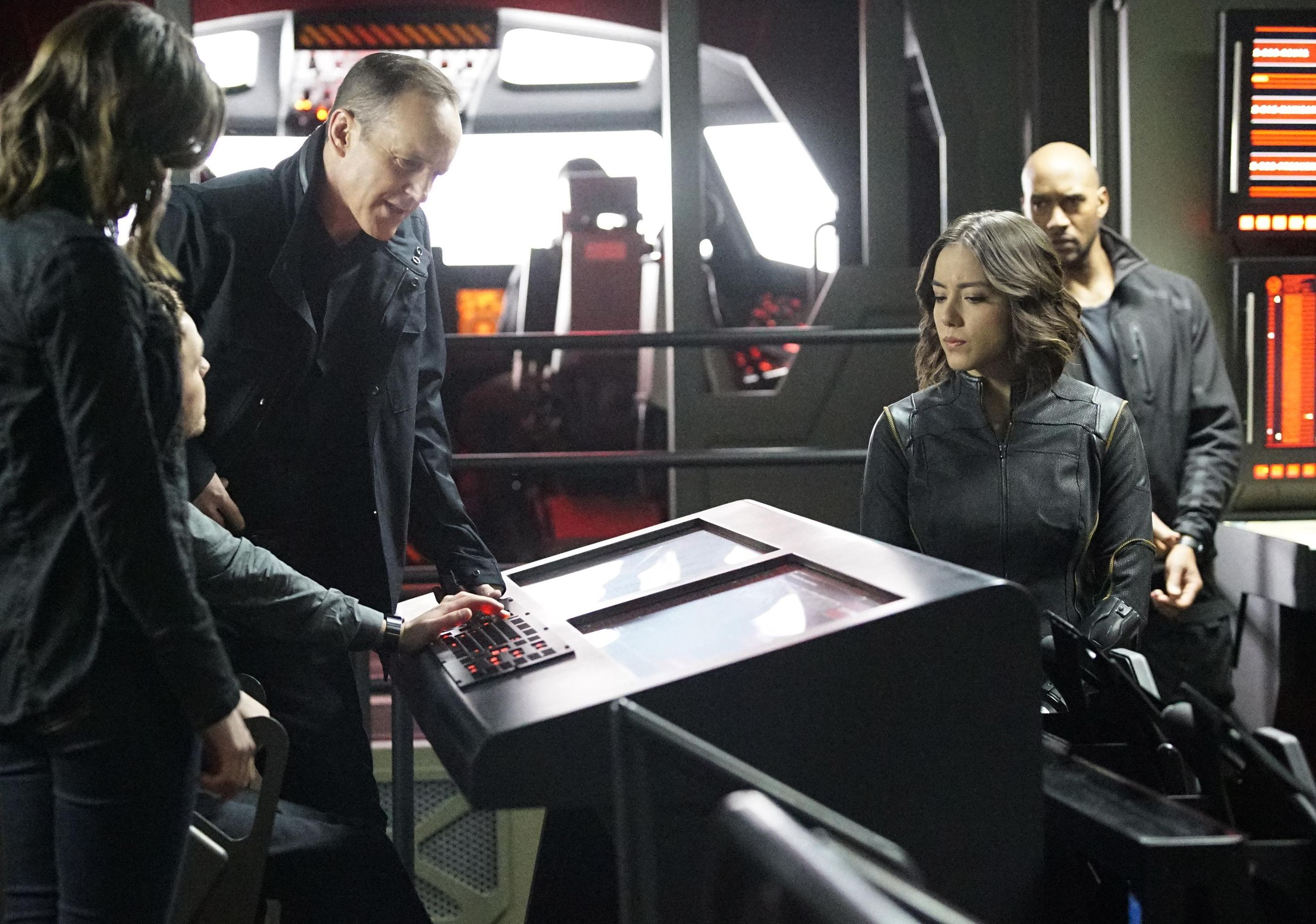 Agents of SHIELD - Episode 3.13 - Parting Shot  coulson daisy mack