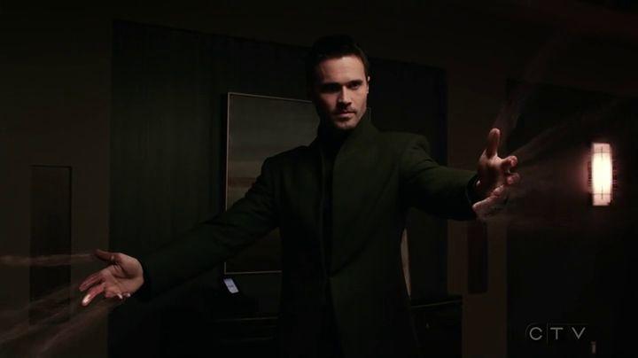 Marvels.Agents.of.S.H.I.E.L.D.S03E15 ward