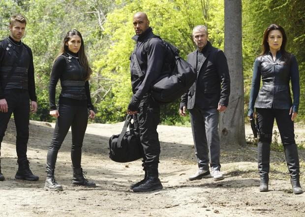 Les photos promo des épisodes 3×21 et 3×22 d'Agents of SHIELD